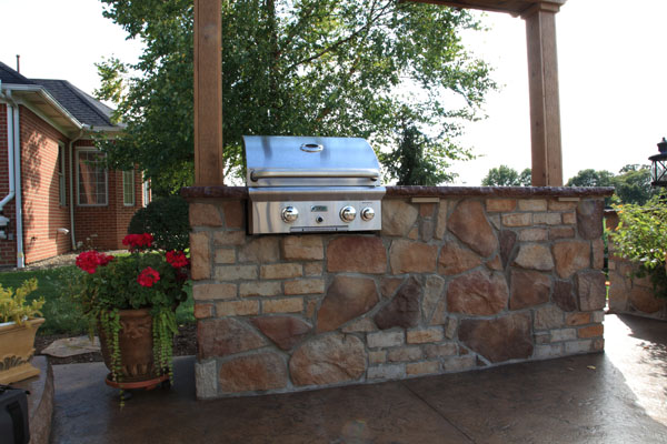 Built in Grill Brick and Feild Stone Mix